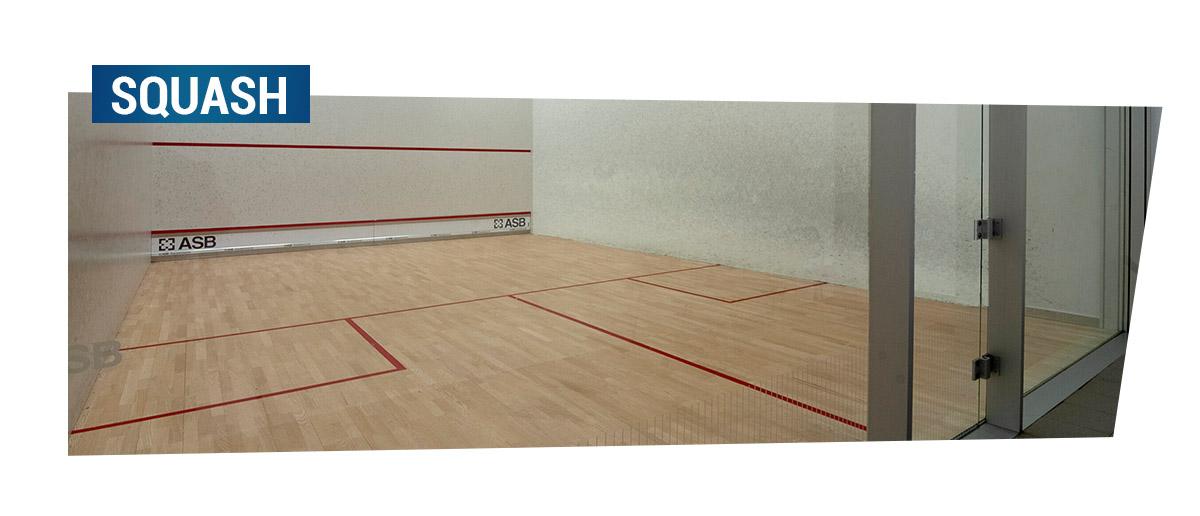 Kort do gry w squasha. Po kliknięciu przejdziesz w zakładkę Squash i tenis ziemny.